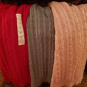 Cable knitt sweaters